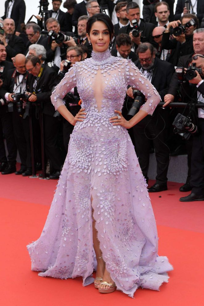 Mallika-Sherawat_-Sorry-Angel-Premiere-at-2018-Cannes-Film-Festival--02-662x993tonyWard