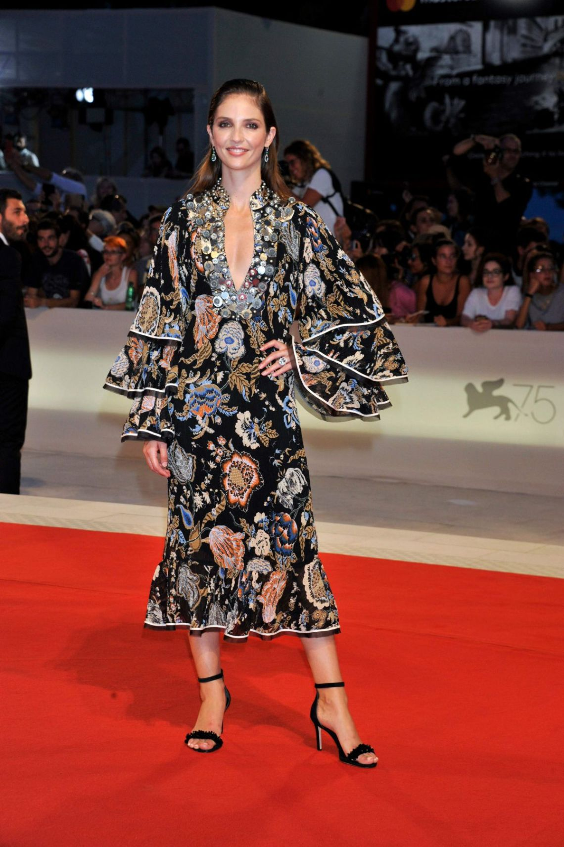 annabelle-belmondo-at-kineo-awards-75th-venice-film-festival-italy-4tory burch