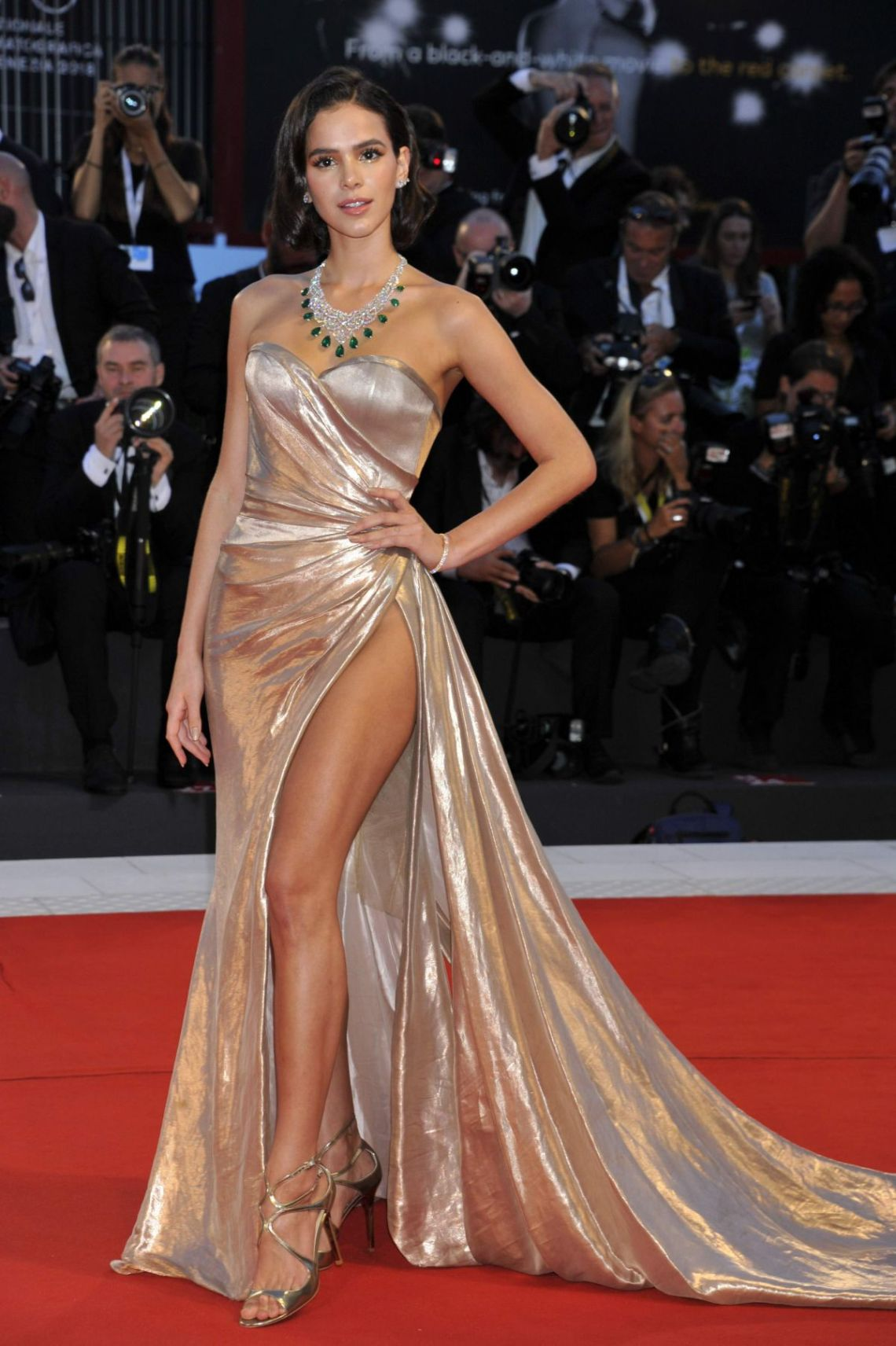 bruna-marquezine-at-the-sisters-brothers-screening-at-the-75th-venice-film-festival-2.jpg