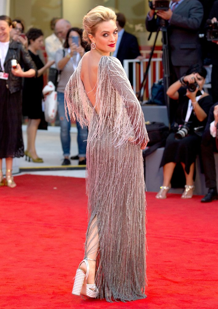 carolina-crescentini-75th-venice-international-film-festival-01