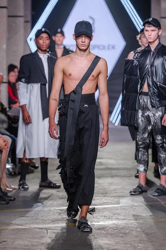 8_KTW-091118_3-PiotrPopiolek_highres_fotFilipOkopny-FashionImages