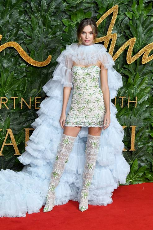 josephine-skriver-na-fashion-awards-2018