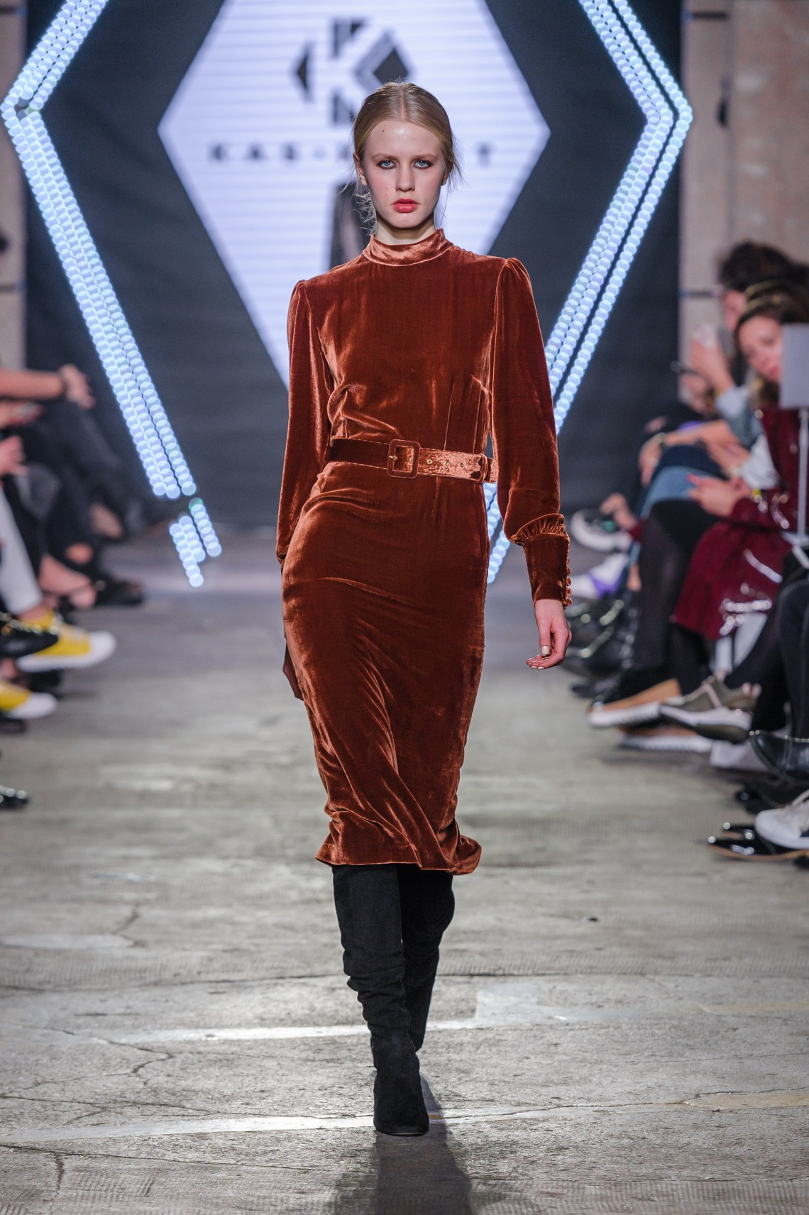 7ktw-101118_15-kaskryst_highres_fotfilipokopny-fashionimages