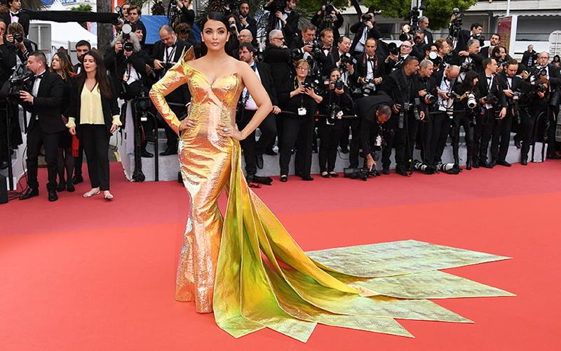 Film_Companion_Cannes-2019_Red-Carpet_Aishwarya-Rai_lead_1jean luis sabaji