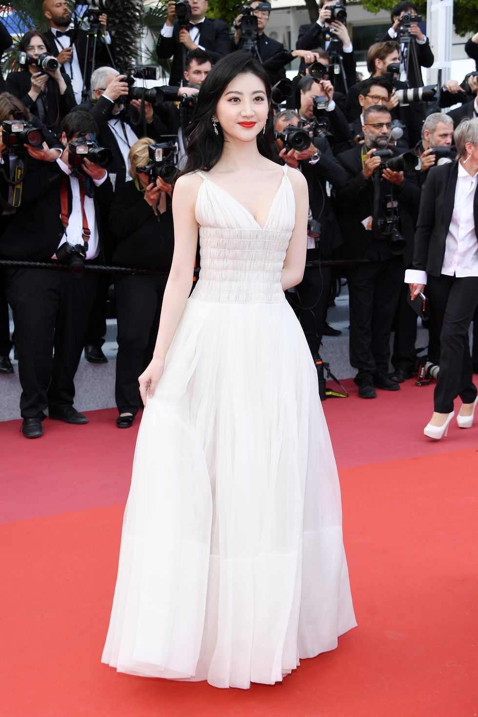 jing-tian-attends-the-screening-of-les-miserables-during-news-photo dior hc