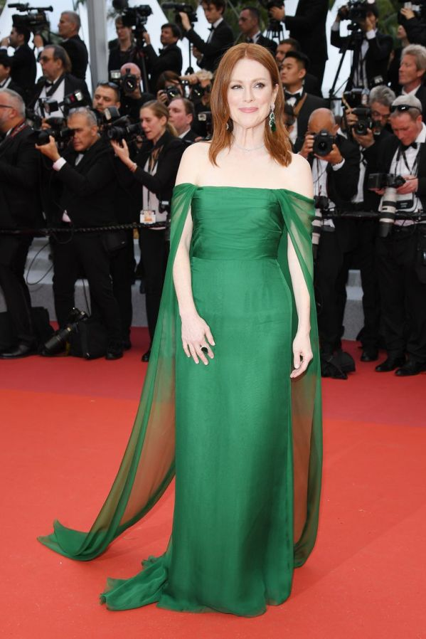 julianne-moore-wearing-chopard-jewels-attends-the-opening-news-photo-1149100039-1557854798dior hc