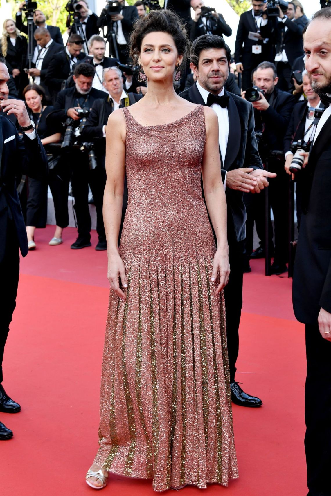 maria-fernanda-candido-the-traitor-red-carpet-at-cannes-film-festival-0