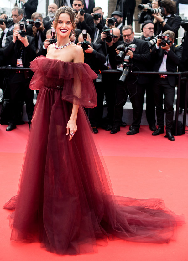 premiera-oh-mercy-cannes-2019-izabel-goulart-513500-GALLERY_600