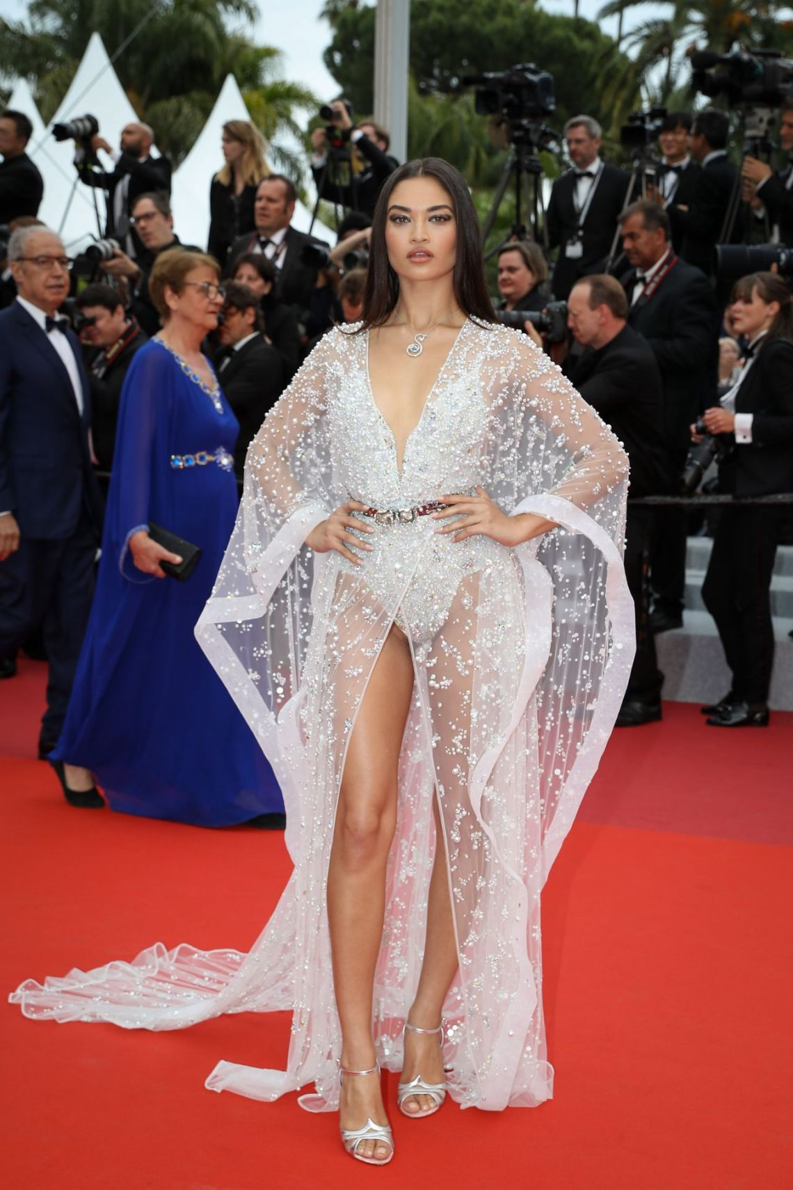shanina-shaik-sibyl-red-carpet-at-cannes-film-festival-4zuhair murad hc