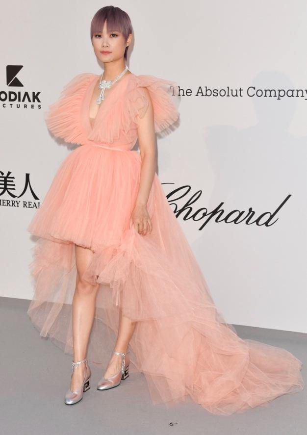 Li-Yuchun-2019-amfAR-Cannes-Gala.jpg