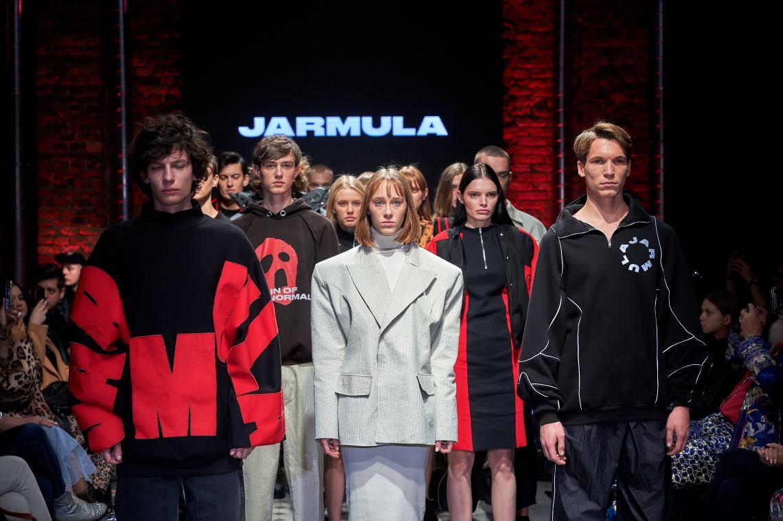 15_KTW_DAY1_111019_MATEUSZ-JARMULA_highres-fotFilipOkopny-FashionImages