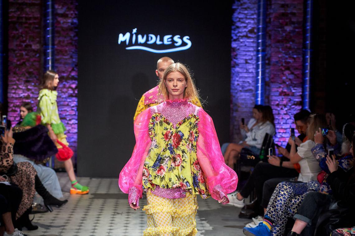 16_KTW_DAY1_111019_MINDLESS_lowres-fotFilipOkopny-FashionImages