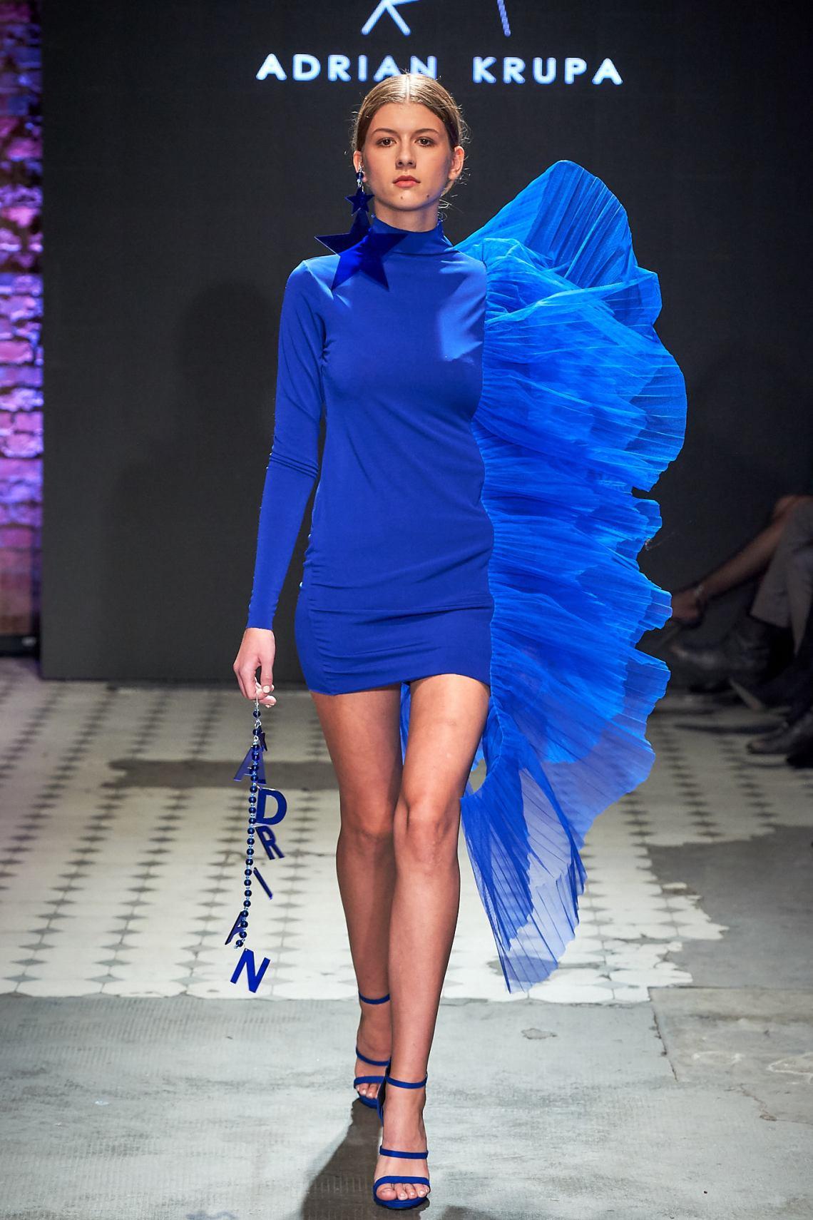 12_KTW_DAY1_111019_ADRIAN-KRUPA_lowres-fotFilipOkopny-FashionImages