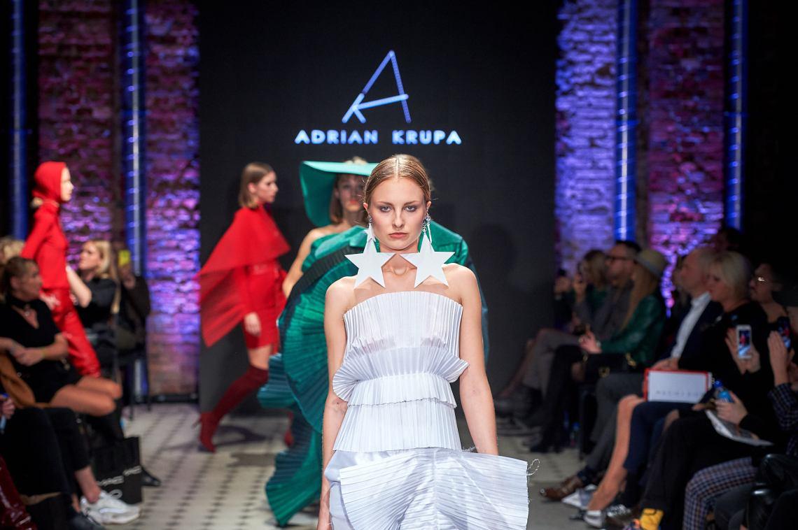 16_KTW_DAY1_111019_ADRIAN-KRUPA_lowres-fotFilipOkopny-FashionImages