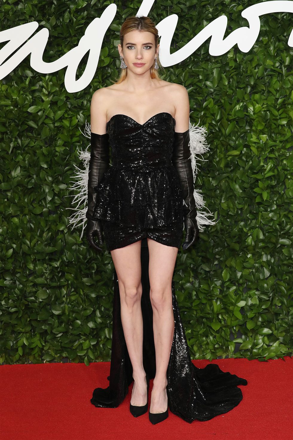 hbz-fashion-awards-2019-emma-roberts-1575315164